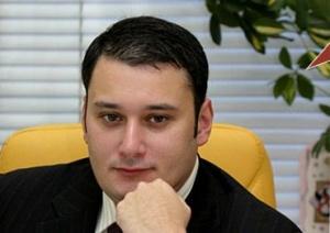 В случае всенародного избрания, мэр подтверждает свое право говорить от имени всех москвичей