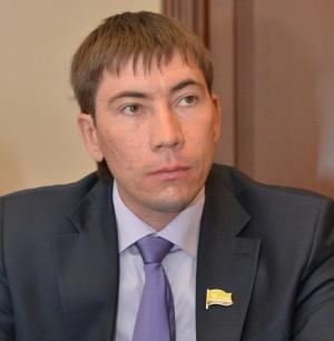 Реально сейчас вся городская власть сосредоточена в руках главы администрации Чебоксар